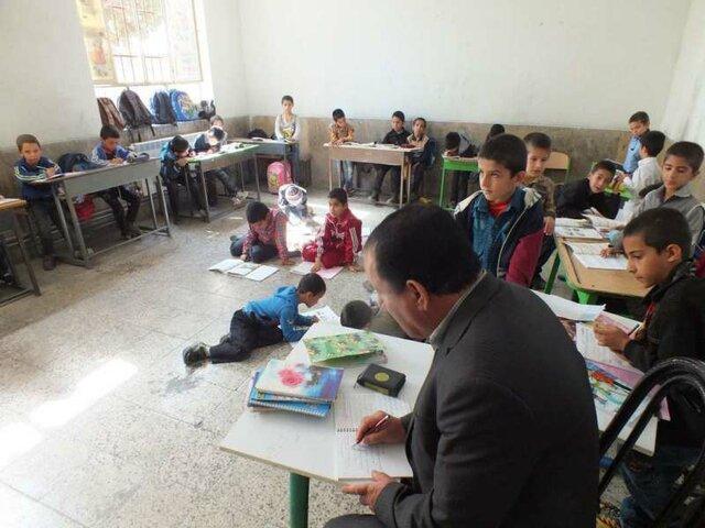 وضعیت مدارس بویراحمد بحرانی است