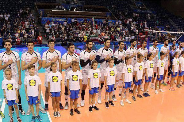 لباس سفید ملی پوشان در هر سه بازی هفته نخست مسابقات