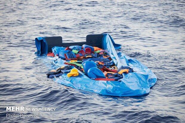 غرق شدن کشتی پناهجویان در سواحل ایتالیا، جسد 7 نفر کشف شد