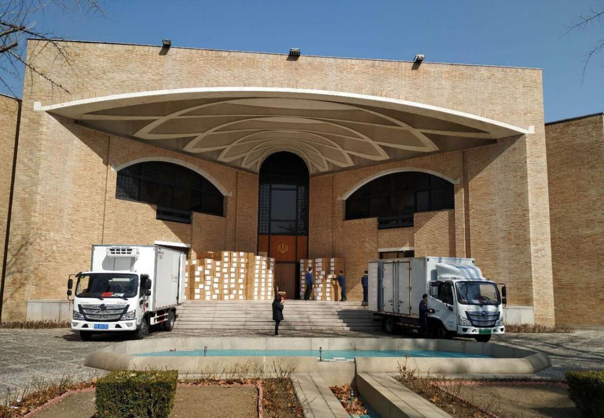 خبرنگاران چهار محموله تجهیزات پزشکی از چین به ایران ارسال شد