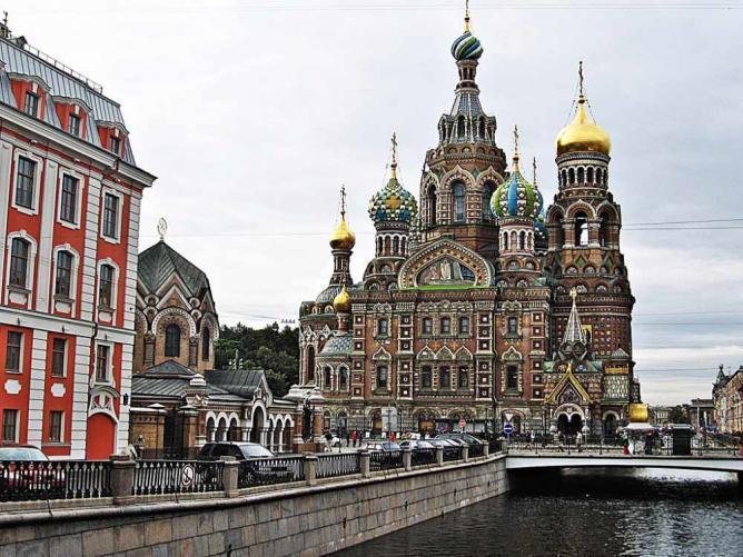 کلیساهای دیدنی سن پترزبورگ روسیه