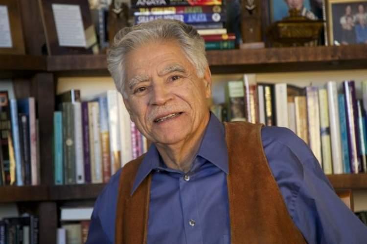 پدرخوانده ادبیات چیکانو در سن 82سالگی درگذشت