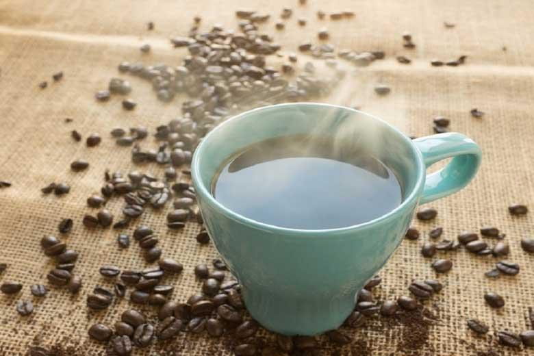 افزایش طول عمر با مصرف قهوه و چای سبز