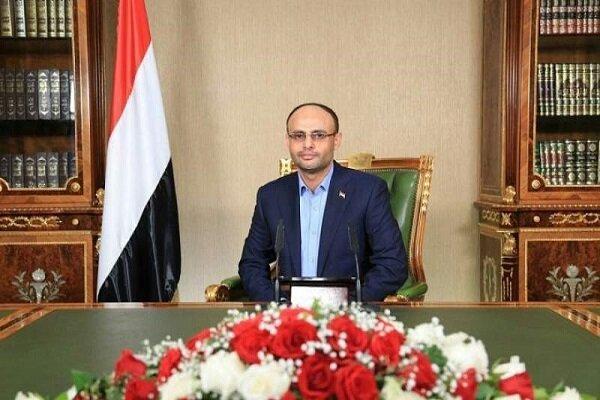 مقام یمنی: بر لزوم توقف حملات سعودی و لغو محاصره یمن تأکید داریم
