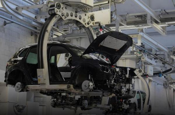 تعطیلی سه کارخانه جنرال موتورز در پی کمبود تراشه