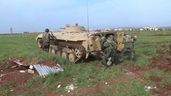 خبرنگاران ارتش روسیه یگان زرهی سوریه را آموزش می دهد