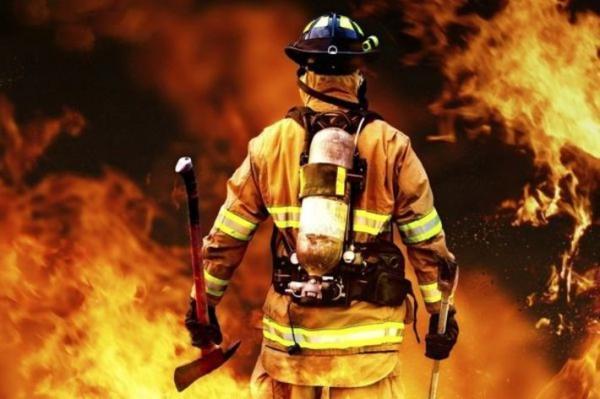 استقرار بیش از 100 آتش نشان در 27 نقطه از شهر همزمان با شب چهارشنبه آخر سال