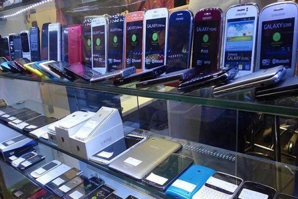 گوشی موبایل، دومین واردات عظیم کشور