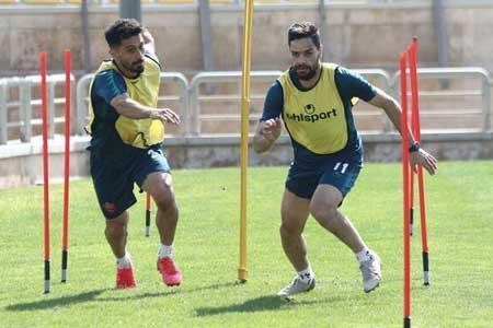 هافبک پرسپولیس در ترکیب منتخب هفته چهارم لیگ قهرمانان آسیا