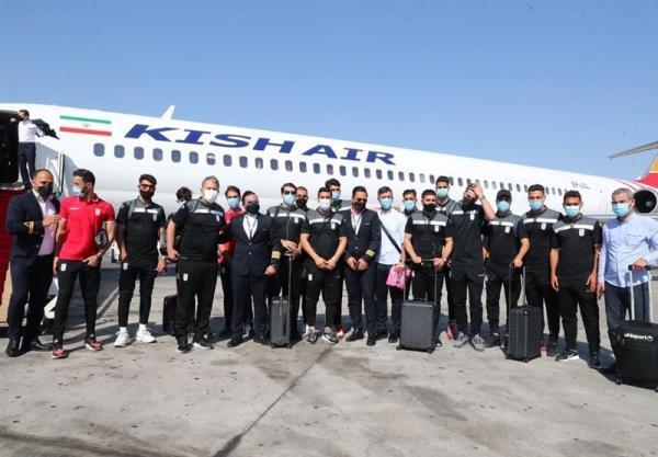 تیم ملی فوتبال ایران به جزیره کیش رسید